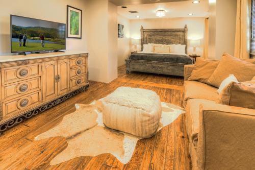 2 Bedroom Rhone Suite