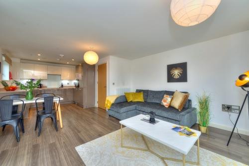Apartment-Executive-Private Bathroom-Balcony - Base Rate