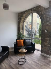 Endsleigh Chapel Serviced Apartments Hull Serviced Apartments HSA - Living Room View