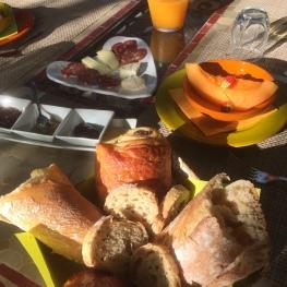 Saveurs locales au petit déjeuner