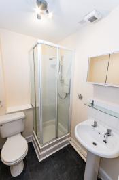 Prime located, modern Apartment - Bathroom