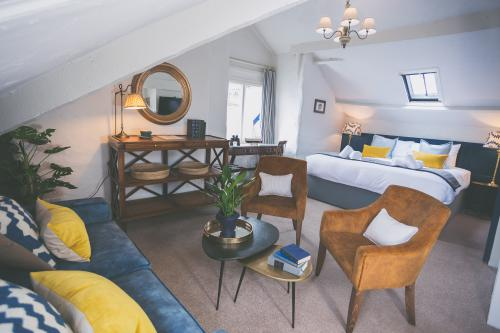 'Nelson' Family Suite with Sea View