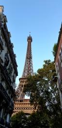 La Tour Eiffel  a 12km du gite