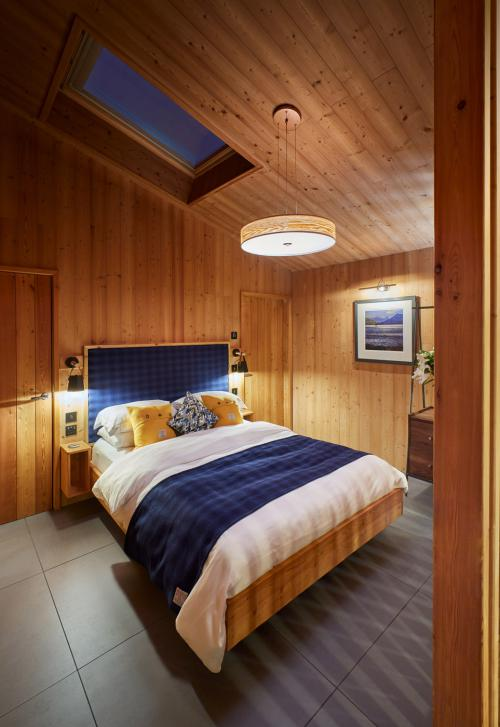 Cabin-Superior-Ensuite with Shower-Sea View-Learach - Base Rate
