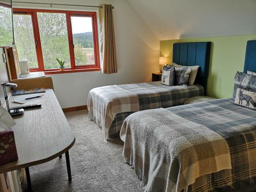 Room 3-Double or Twin-Premium-Ensuite with Shower-Countryside view - Breakfast Included