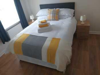 Watford Metro apartment - Double bedroorm