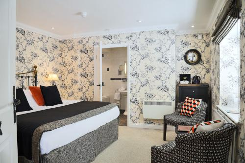 Double or Twin-Luxury-Ensuite with Bath-The Nene - Base Rate