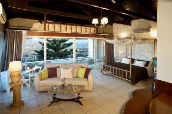 Executive Suite Colonial con terrazza super-panoramica, 2 camere da letto, cucina e bagno in camera