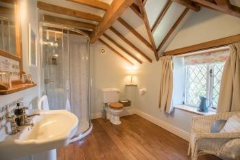 Dewey Bathroom
