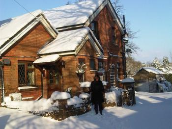 Anand Lodge - Snow time at the Hotel