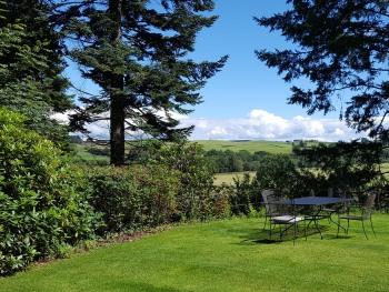 Cruachan House - Garden view