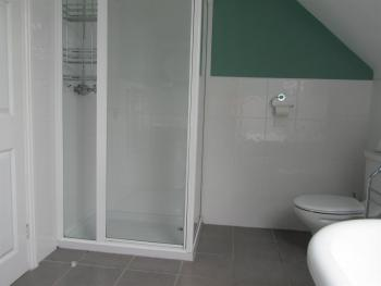 Room 3 En-suite Shower