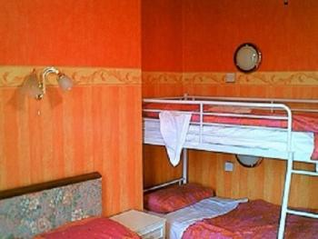 Quad room-Shared Bathroom-Room 4(Db Bed + Bunkbeds)