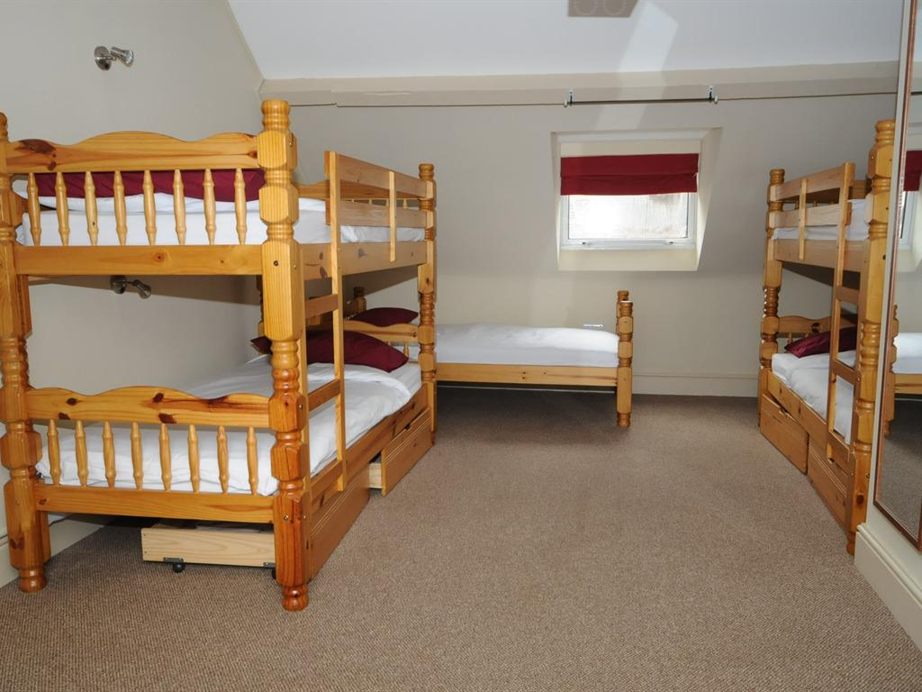 Private Room with 4 Bunks and Private Bathroom