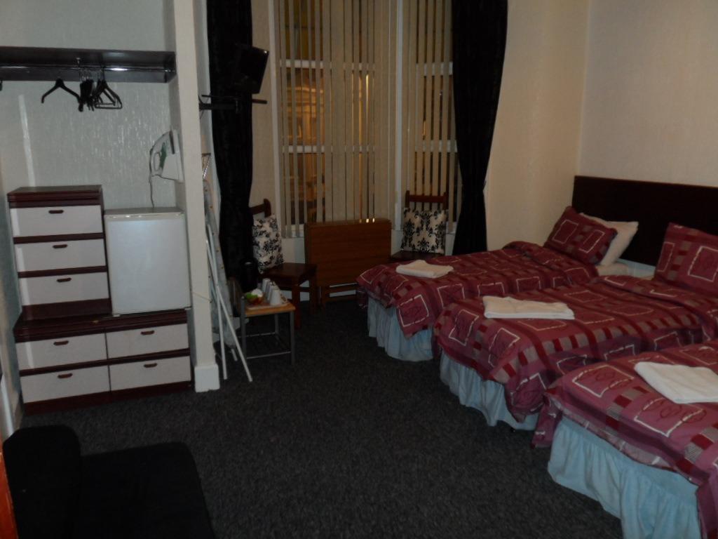 Quad room-Standard-Ensuite