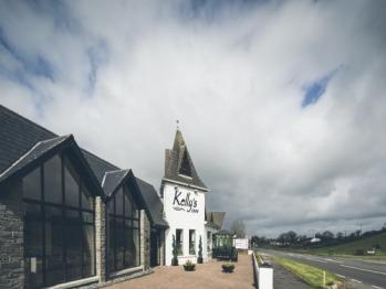 Kellys Inn - Exterior View
