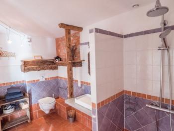 Pastourière salle de bain du bas