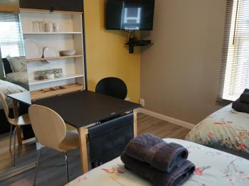 Lincoln Self Catering - Twin Option
