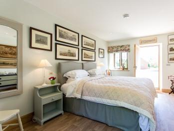 Double room-Comfort-Ensuite-Garden View-Cedar