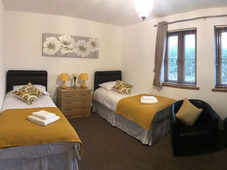 Twin room-Superior-Ensuite - Base Rate