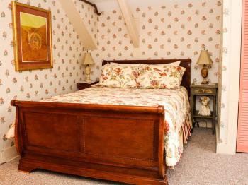 Teaberry Queen Room