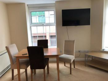 City Centre 2 Bed Flat -