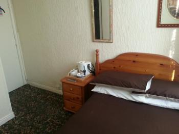 Family room-Standard-Ensuite-Sleeps 3