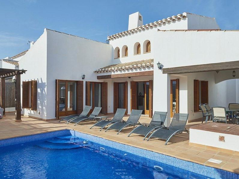 Murcia Relax in beautiful surrounding in your own private & heated pool