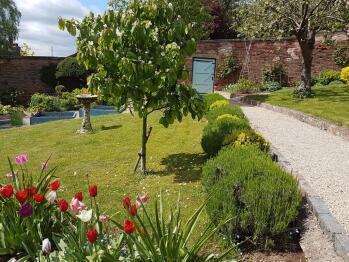 Glimpse of garden gate