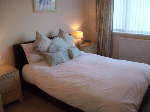 double En-suite Room - Views of St Catherine's Hill