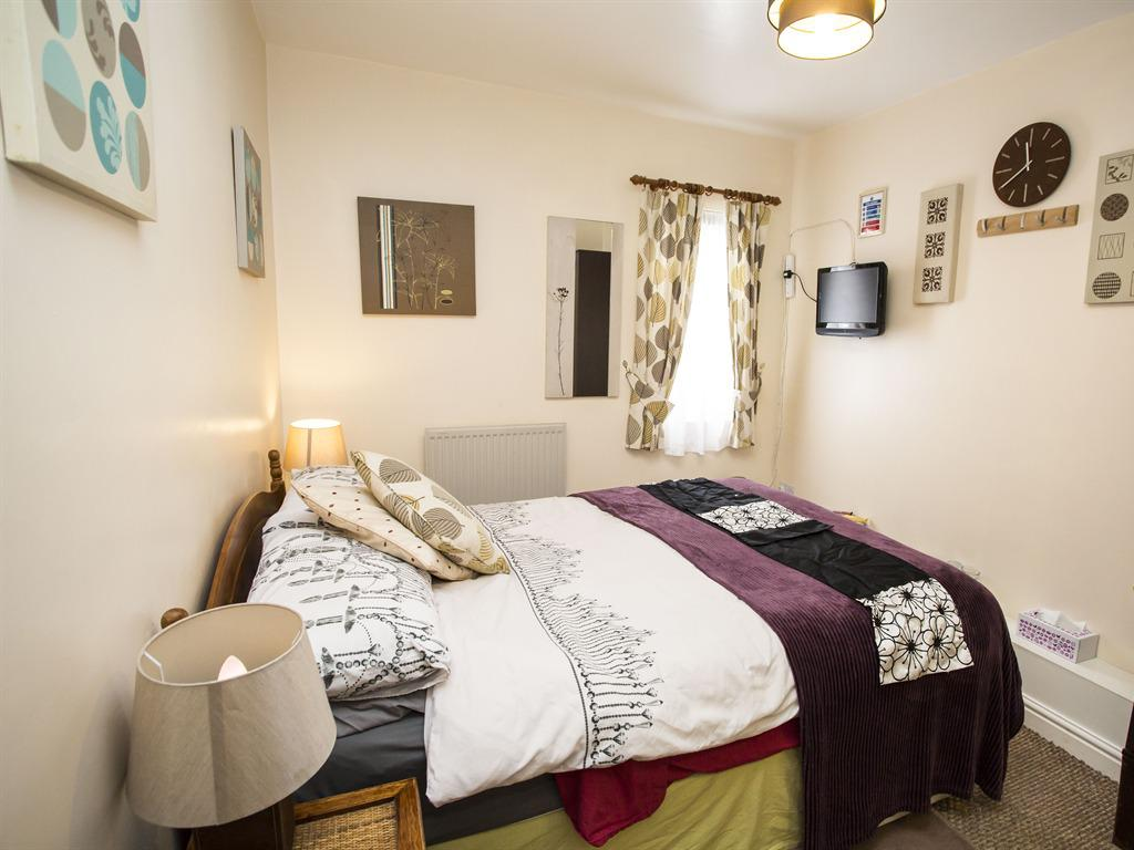 Double room-Ensuite-Room 11 - Small Double