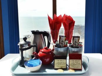Tea/coffee facilities. Double En-suite Sea View Room