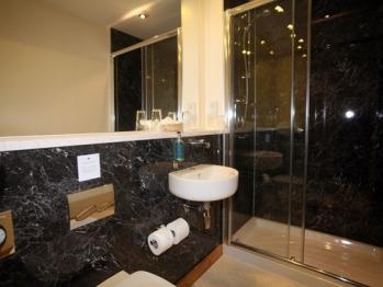En-suite in all rooms