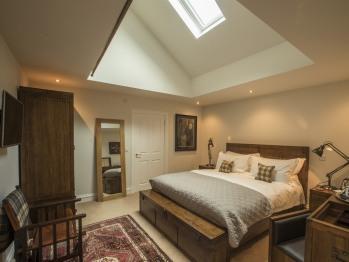 New Kingsize Bedroom