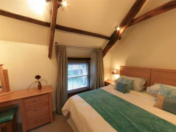 Golden Hind Apartment - Self Catering