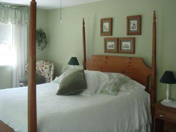 Guestroom Nellis Room