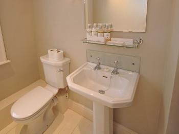 Newsham Bathroom