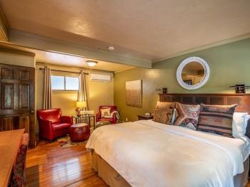 Deluxe-Guest Room D-Single room-Ensuite