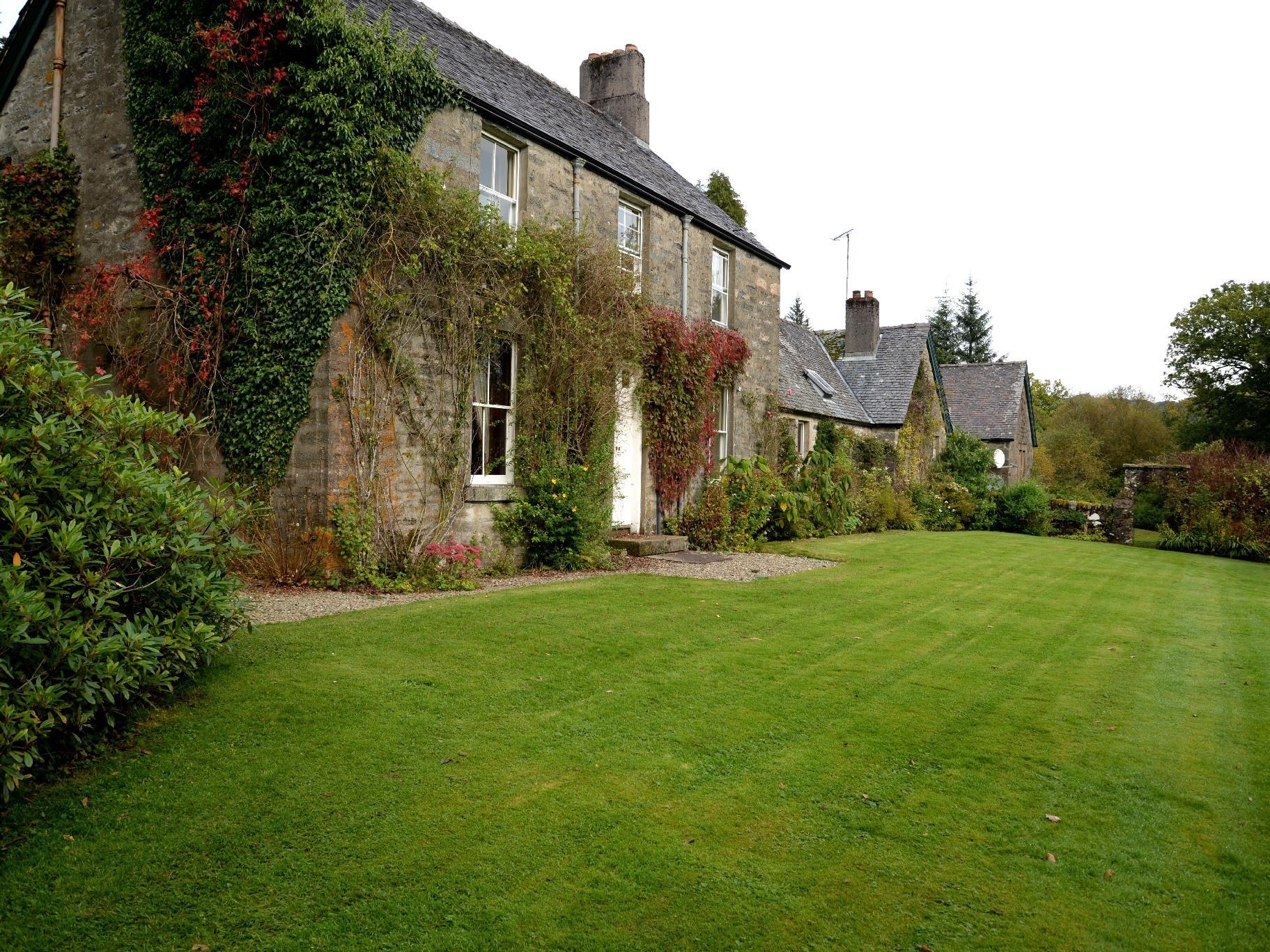 Cottage-Premier-Private Bathroom-Garden View-CHAPEL
