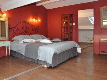 Midi-Pyrénées room