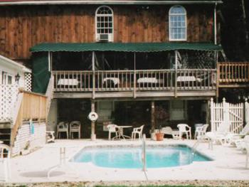 Our outdoor pool offers guests a great way to relax after a day of sightseeing the area and Old Sturbridge Village.  A hidden gem on Main Street!