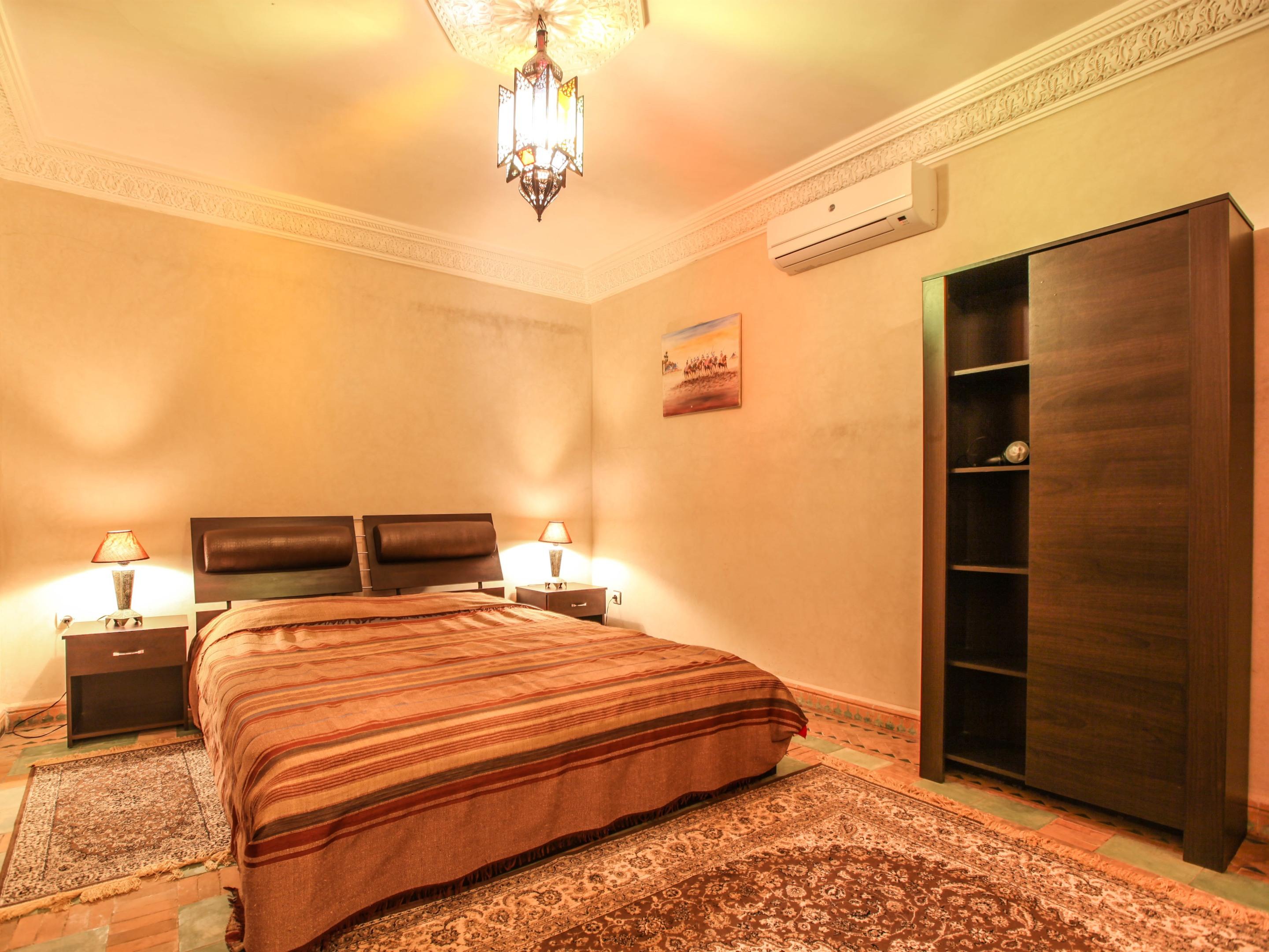 Chambre terrasse 1-Double-Classique-Salle de bain-Vue sur la piste - Tarif de base