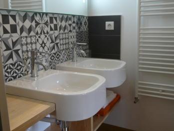 Studio, salle de bain