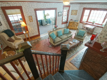 A charming, comfortable Bed & Breakfast committed to making all guest stays memorable. View of the guest common area, the Parlor.