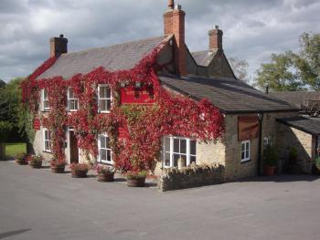Hunters Lodge Inn - In Autumn