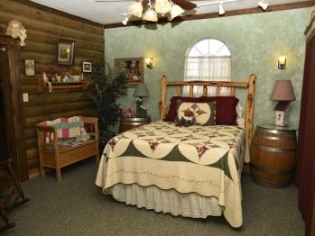 Minna's Haus downstairs bedroom