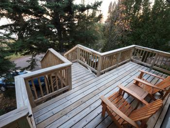 Private deck unit 8