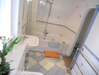 Eden Suite bathroom.