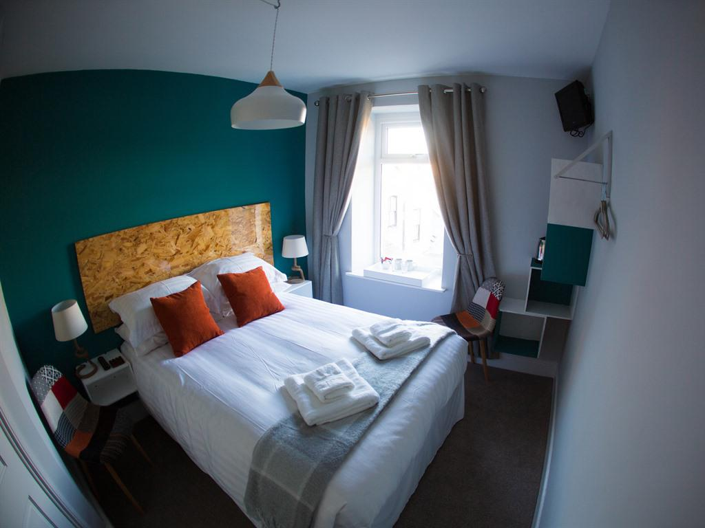 Double room-Superior-Ensuite with Shower-Rockham