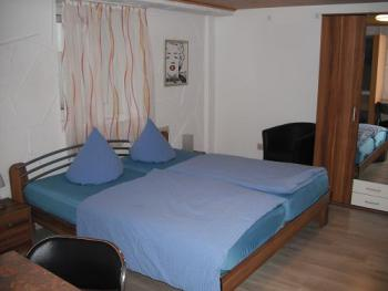 Apartment-Doppelzimmer-Einfach-Ensuite